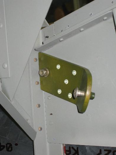 Port side rear upper seat belt attach point