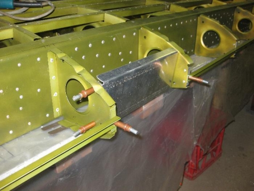 Mounting plate for the Landing Lights