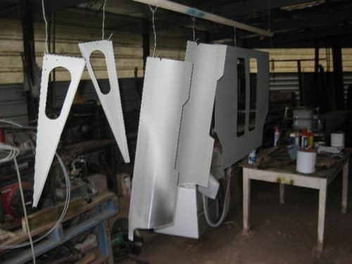 Etch primed rear roof parts