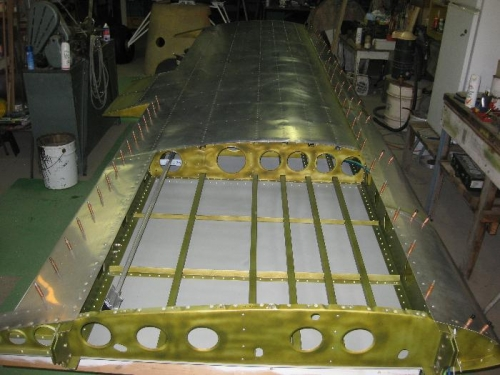 Inboard end with tank removed