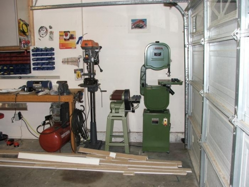 Drill press, Sander, Awesome bandsaw H.F. Tools